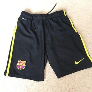 NIKE FC Barcelona Black/Yellow Soccer Shorts  -L